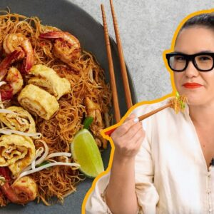 I could eat this noodle dish ALL DAY! | Mee Siam Goreng | Marion's Kitchen